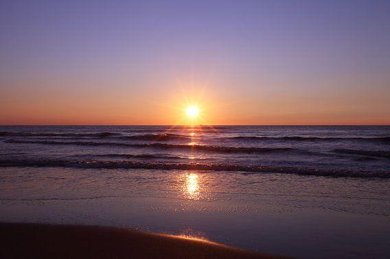 Zonsondergang op het strand van Egmond