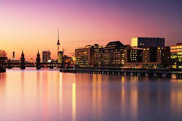 Berlin skyline im Sonnenuntergang von Frank Herrmann