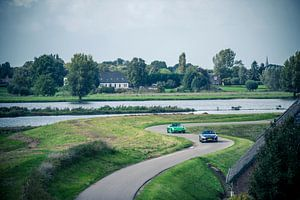 Jaguar F-Type - Porsche Boxster van