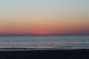 Zondondergang bij strandpaal 21 van Natasja van Dwingelen