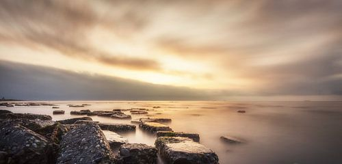 Sunset rocks!