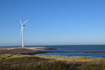 Nederlands kustlandschap gezien vanaf het eiland Neeltje-Jan, onderdeel van de deltawerken in de pro van Robin Verhoef