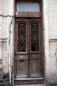 Alte braune Türen
