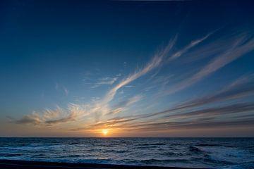 Zonsondergang aan zee Maart 2014 van Arjen Schippers