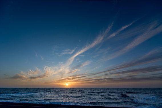 Zonsondergang aan zee Maart 2014