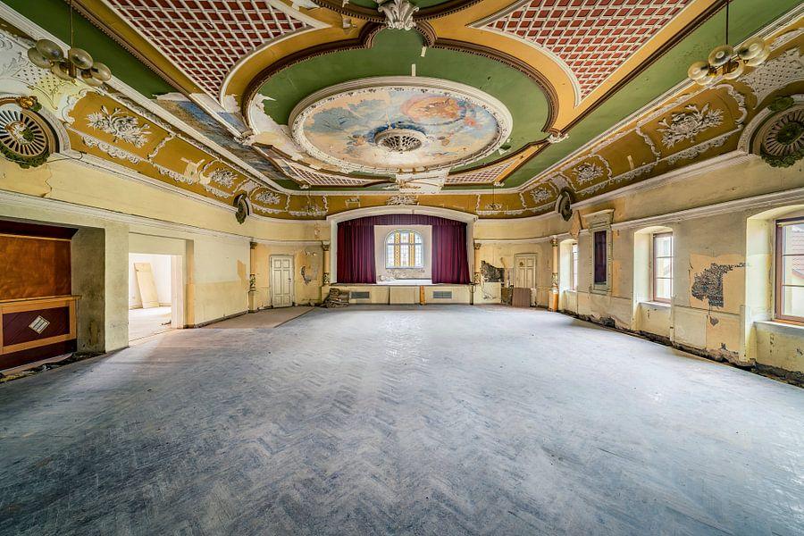 "Ballroom ""Red Curtain"" II"