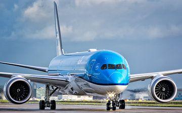 KLM 787-9 Dreamliner van