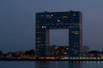 Pontsteiger-Wohnungen in Amsterdam im Abendlicht von Wim Stolwerk