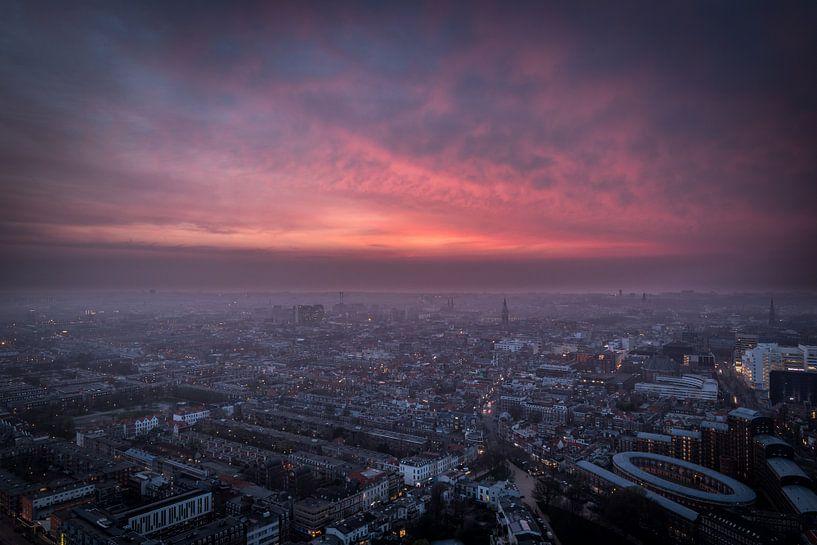 Aerial view, skyline en overzichtsfoto van Den Haag. van Original Mostert Photography