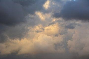 Wolkenbrij van Michael van Eijk