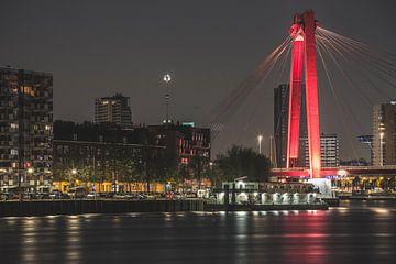 Willemsbrug in de avond sur Daniël van Deelen