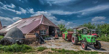 Zicht op boerderij in het Duitse Nedersasken von Harrie Muis