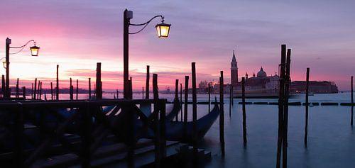 Venetië bij zonsopgang sur