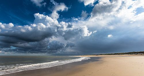 Strand met Storm opkomst  van