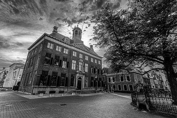 Het Stadhuis van Leeuwarden (zwart-wit foto) van Martijn Mureau