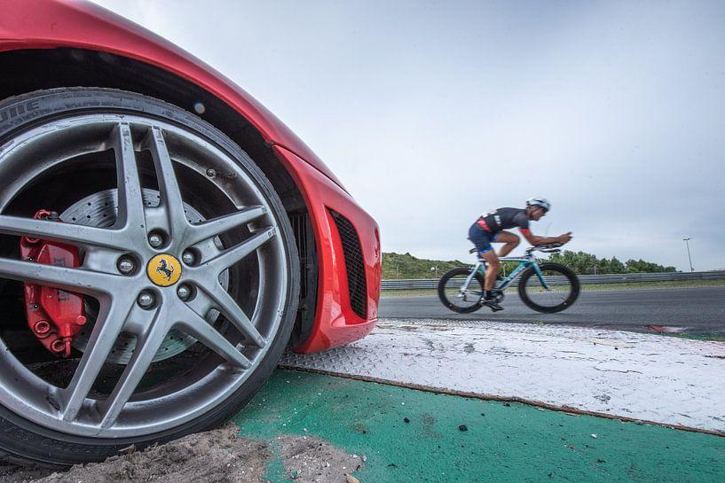 Triathlon op circuit Zandvoort van Marco Bakker