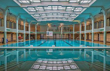 Zwembad Van Eyck van Bruno Hermans