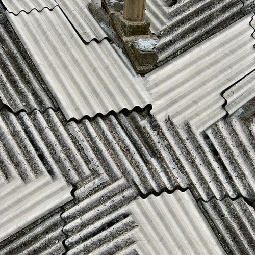 Cheep roofing (002) van