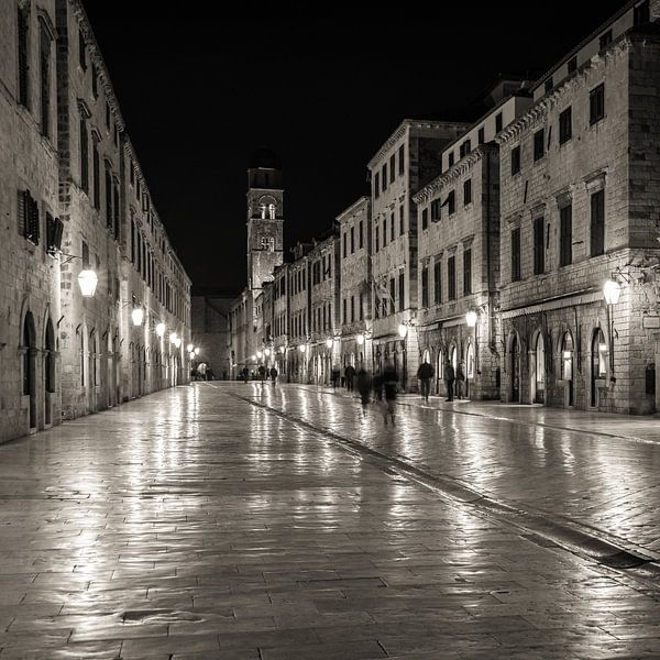 Stradun by night