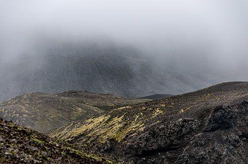 In de wolken en in de bergen | IJsland