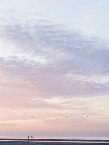 Schwimmen bei Sonnenuntergang von Laura-anne Grimbergen