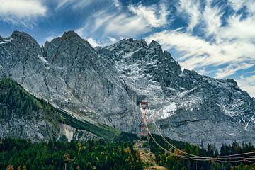 Aufnahme der Zugspitze mit der Seilbahn im Herbst. von PhotoArt Thomas Klee