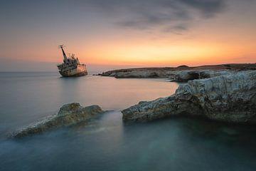 Ghost Ship von Robin Oelschlegel