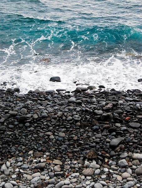Kiezelstrand in Madeira van Ricardo Bouman