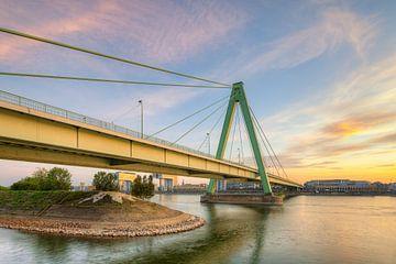 Severinsbrücke à Cologne sur Michael Valjak