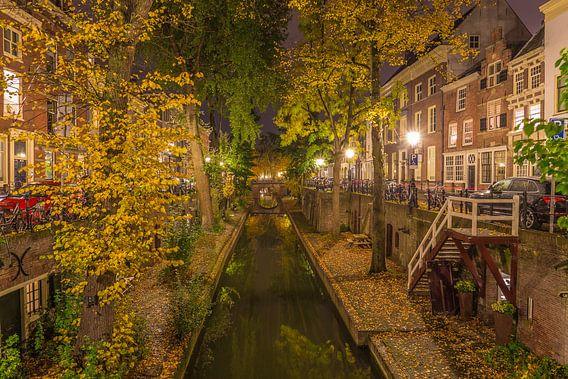 Nieuwegracht in Utrecht in de avond - 13