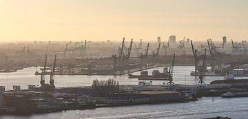Rotterdamse haven sur Ferry Krauweel