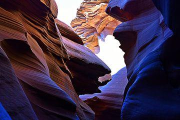 Antelope Canyon 1547 van