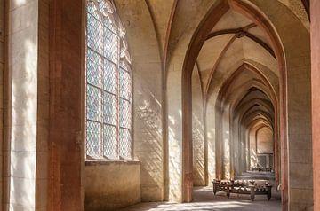 Lichtdurchflutet - Abteikirche des Zisterzienserkloster Eberbach van Christian Müringer