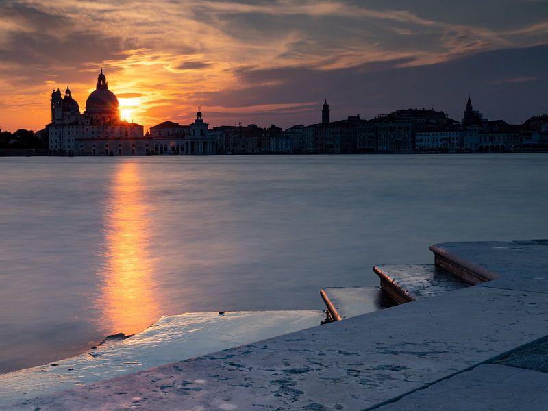Sonnenuntergang über Santa Maria della Salute von Andreas Müller