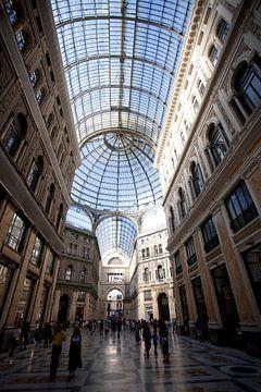 Galleria Umberto, Napels, Italie van Kees van Dun