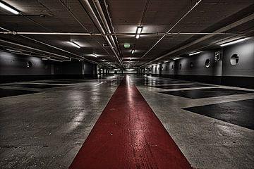 Parkeergarage te Rotterdam van Jim Looise