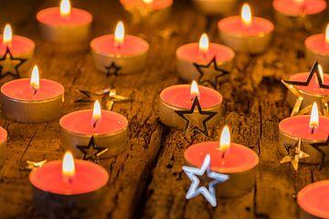 Traditionele advents- en kerstkaarsen van Alex Winter