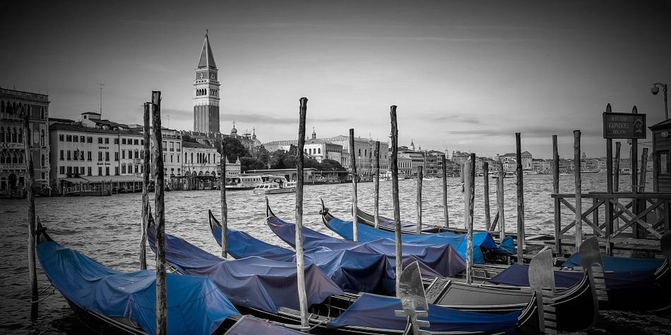 VENICE Grand Canal and St Mark's Campanile   panoramic view van Melanie Viola