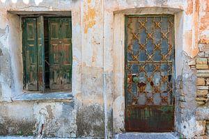 Oude deur en raam