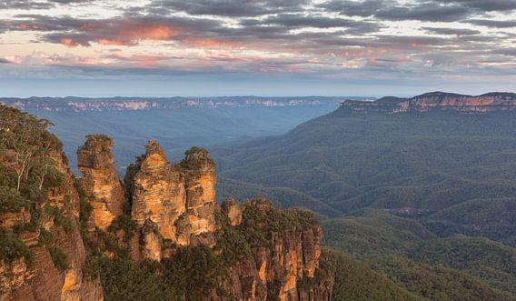 Three Sisters, Blue Mountains Australie van Chris van Kan
