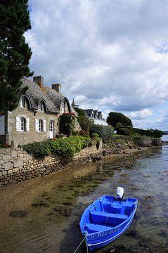 huis en bootje Saint-Cado in Bretagne van Sandra van der Burg