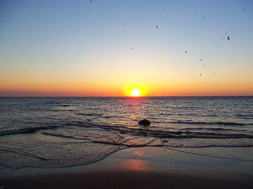 ondergaande zon / sunset van Margriet's fotografie