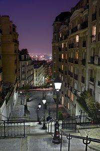 Sfeervolle avond in Parijs op Montmartre / Charming evening in Montmartre, Paris