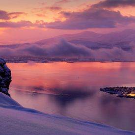 Sonnenuntergang im Winter bei Tromsø, Norwegen von Adelheid Smitt