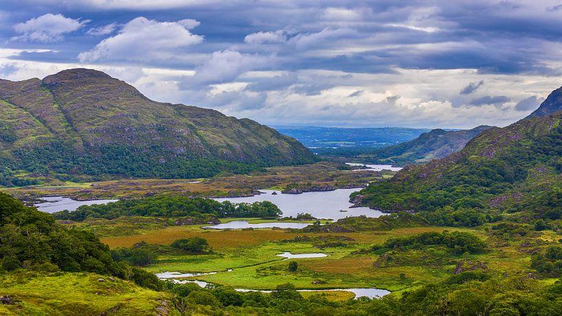 De Ladies View, in Killarney nationaal park, Ierland van Henk Meijer Photography