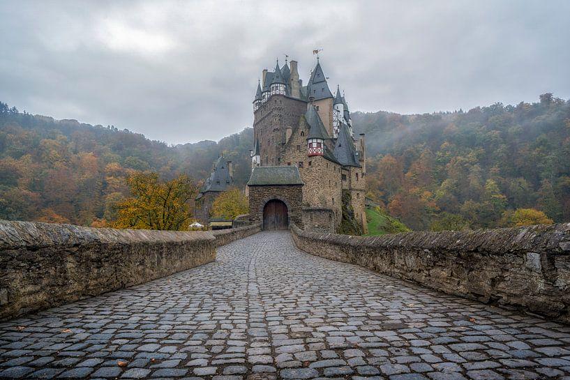 Burg Eltz van Steven Dijkshoorn