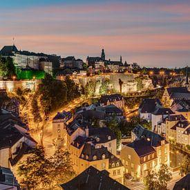 Luxemburg 's avonds van Michael Valjak