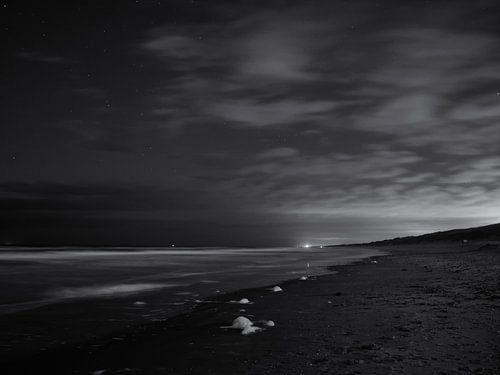 Nachtopnamen van het strand van Heemskerk van