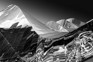 Mirror Mountain van Richard Bank