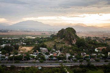 Marmorberg - Vietnam von Malou Franken